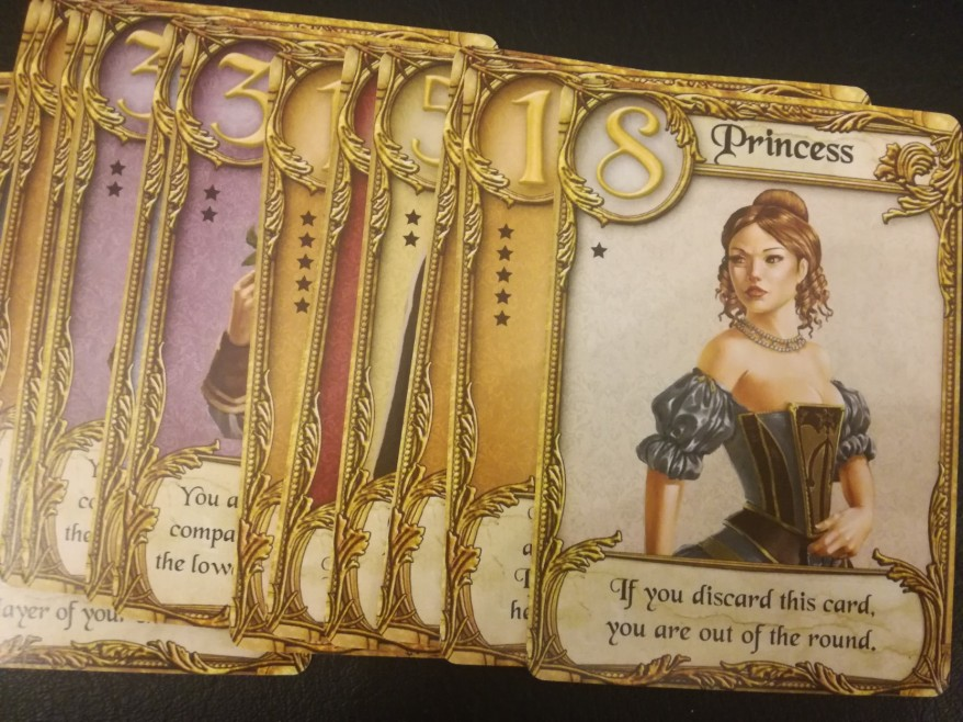 Note the stars on the sides of the cards. These denote how many are in the game.