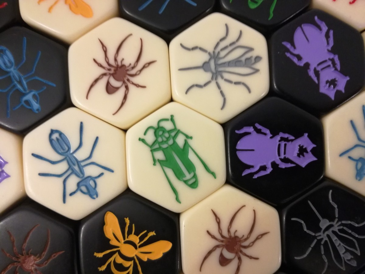 Hive Pocket Review – The War On Ants – Start Your Meeples image