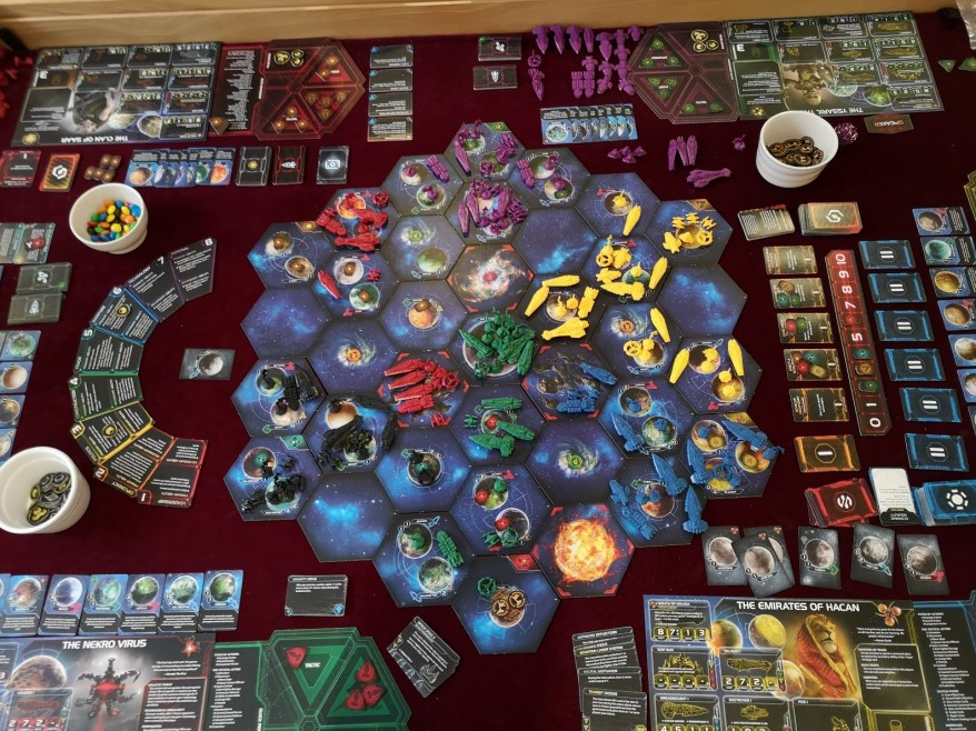 Twilight Imperium Strategy: As you can see, the Clan of Saar have branched out and have several disconnected colonies - one in an asteroid field.