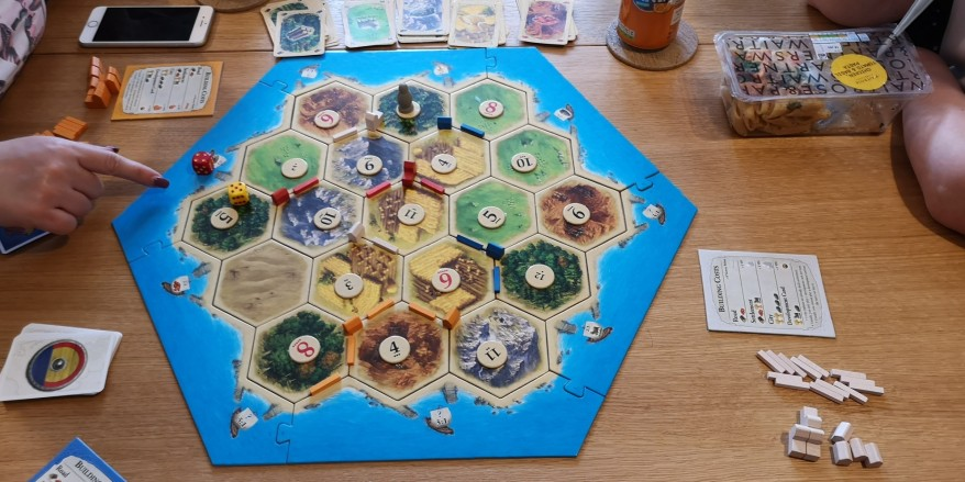 Why is Catan so popular - mid-game