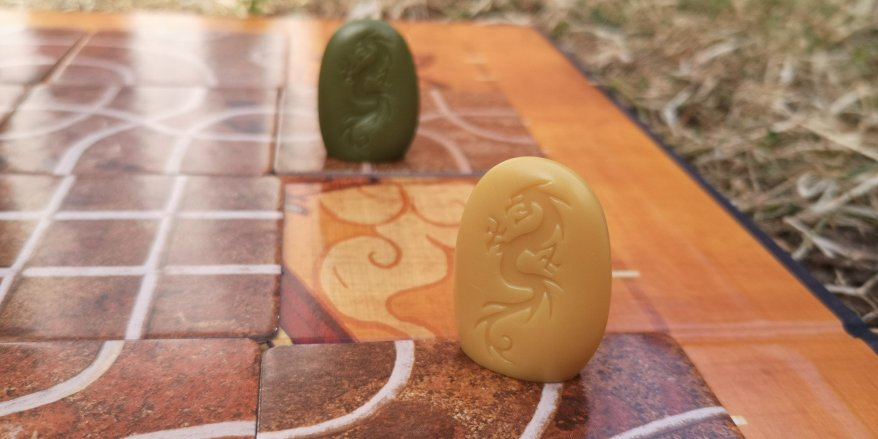 Tsuro Board Game Review - Yellow vs Green